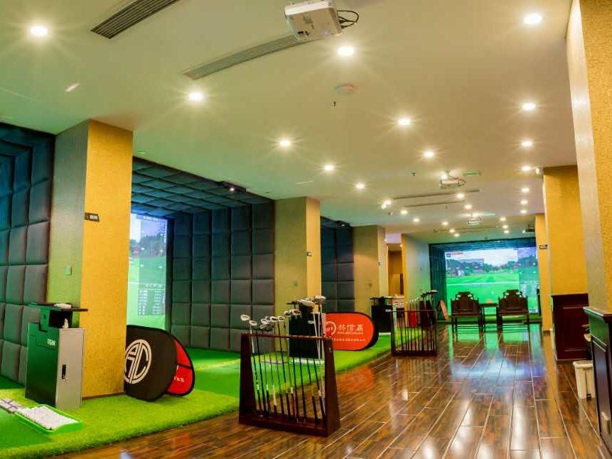 深圳圆桌汇室内高尔夫俱乐部
