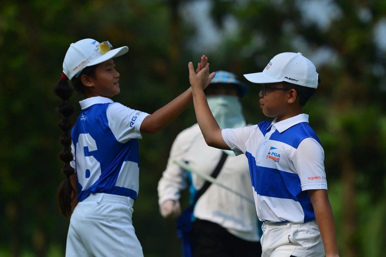 学院的坚持,将PGA青少年联赛融入日常教学.jpg