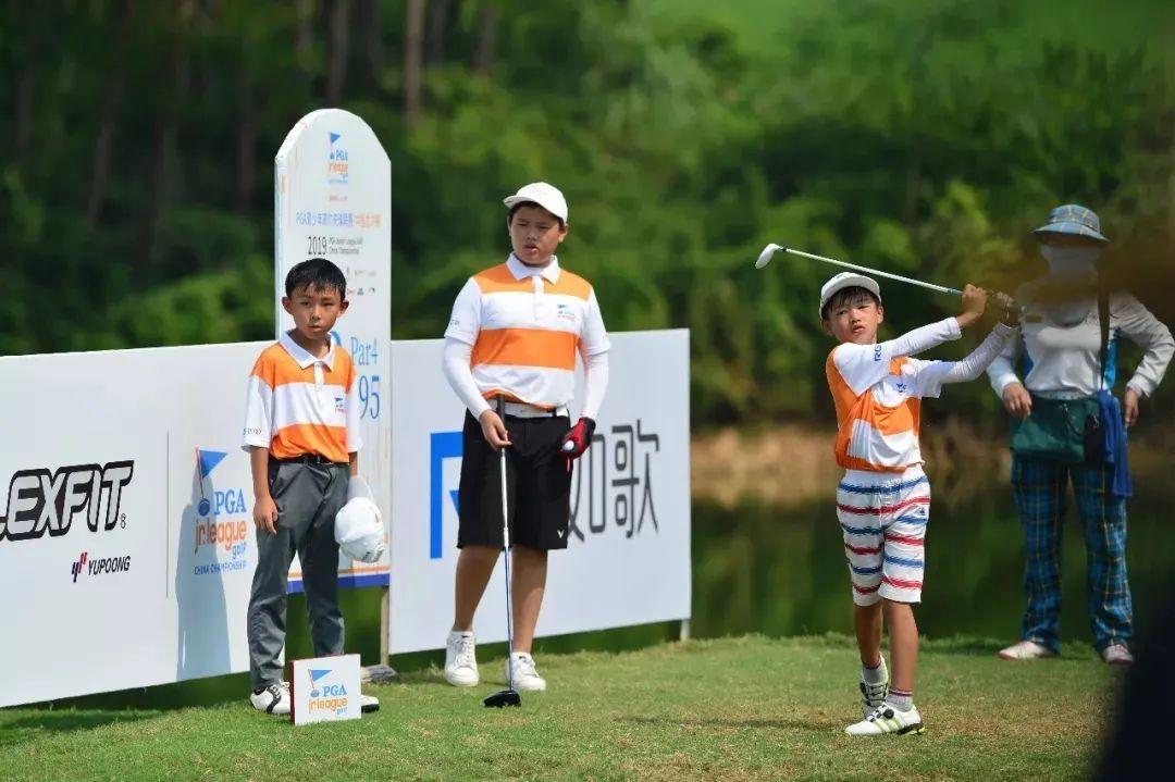 幸福高尔夫小球员参加PGA青少年联赛.jpg